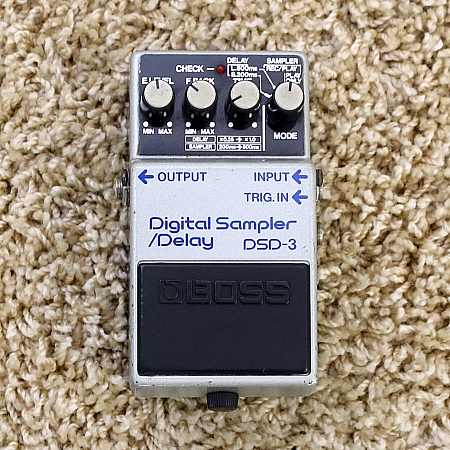 BOSS - Pedal Digital Delay / Sampler DSD-3